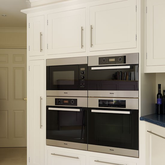 Ovens archives kitchens by milestone for Eye level oven kitchen designs